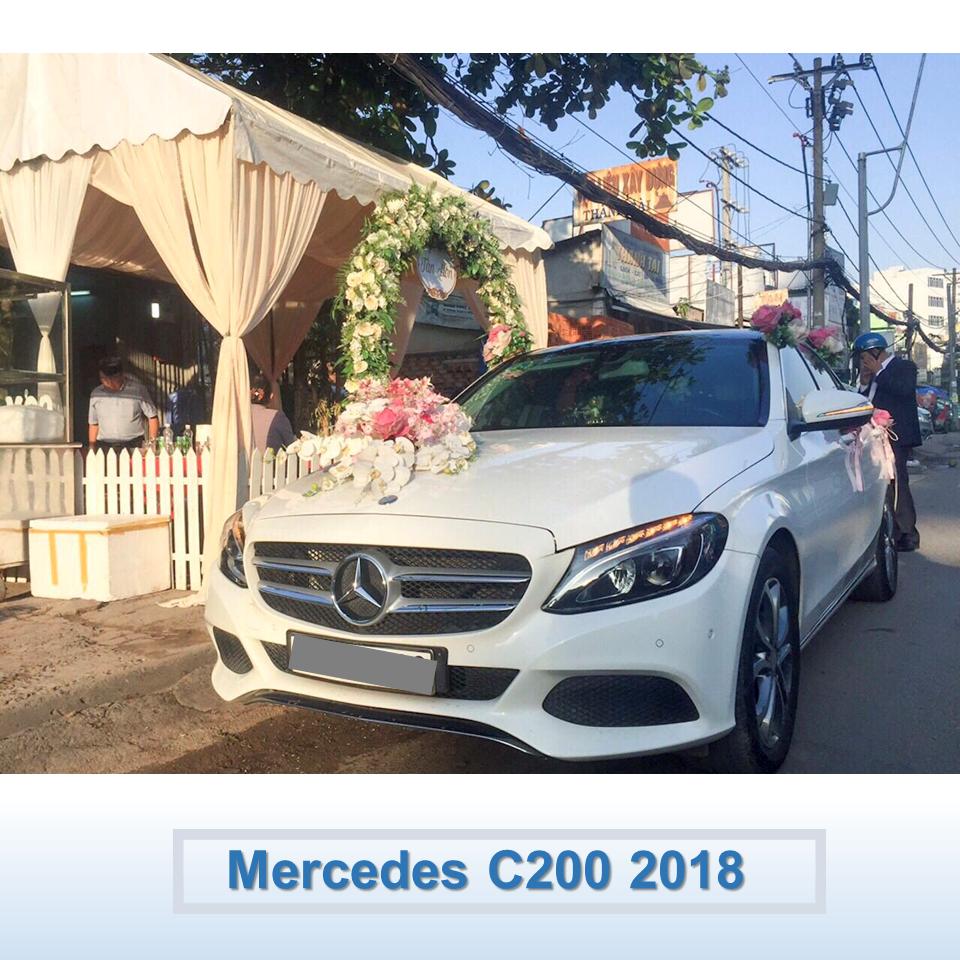 xe hoa Mer C200 2018