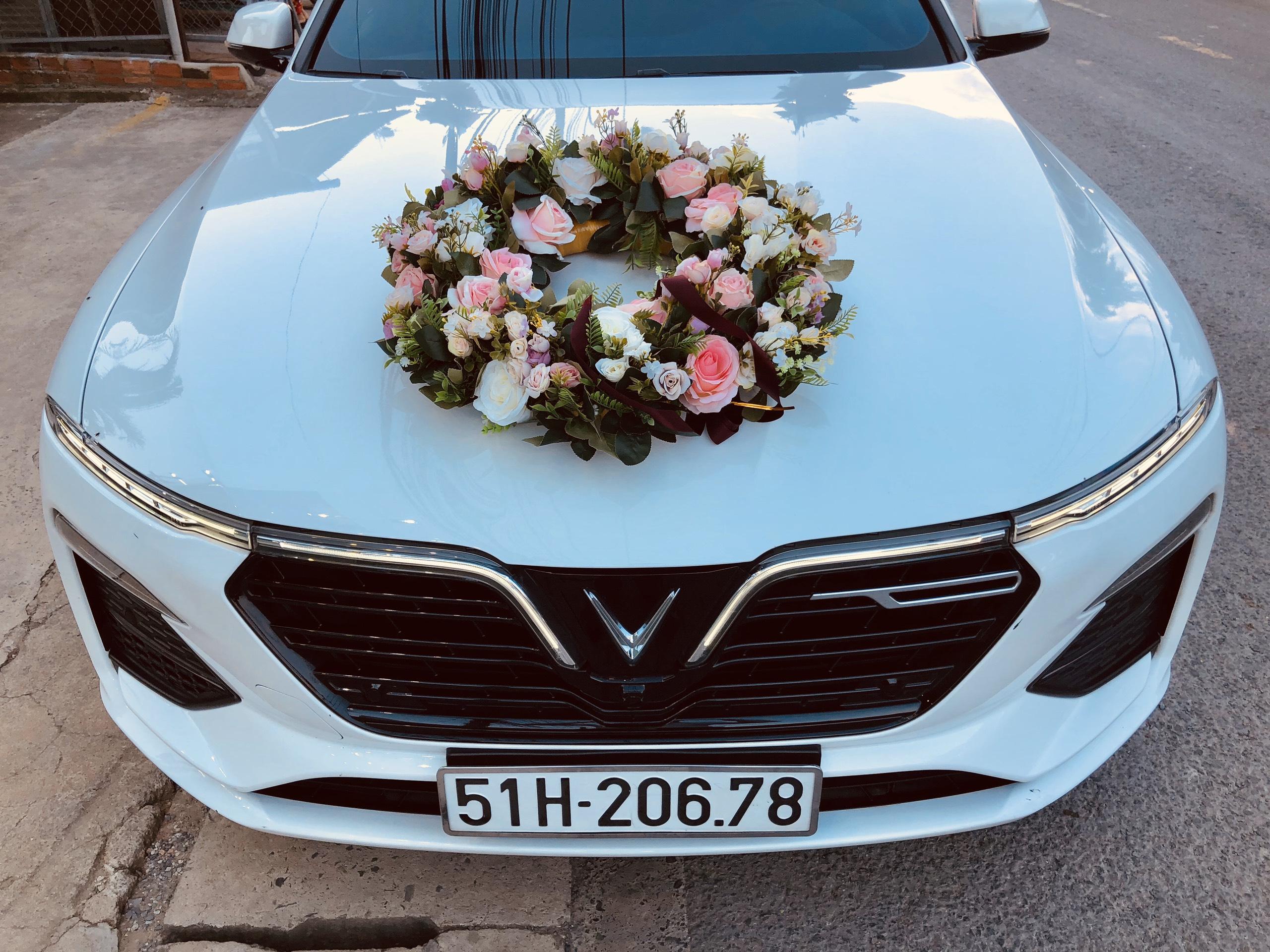 xe cưới Vinfast đời mới